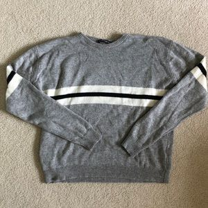 Brandy Melville Grey Crewneck Sweater